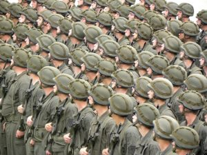 Rekruten in Uniform